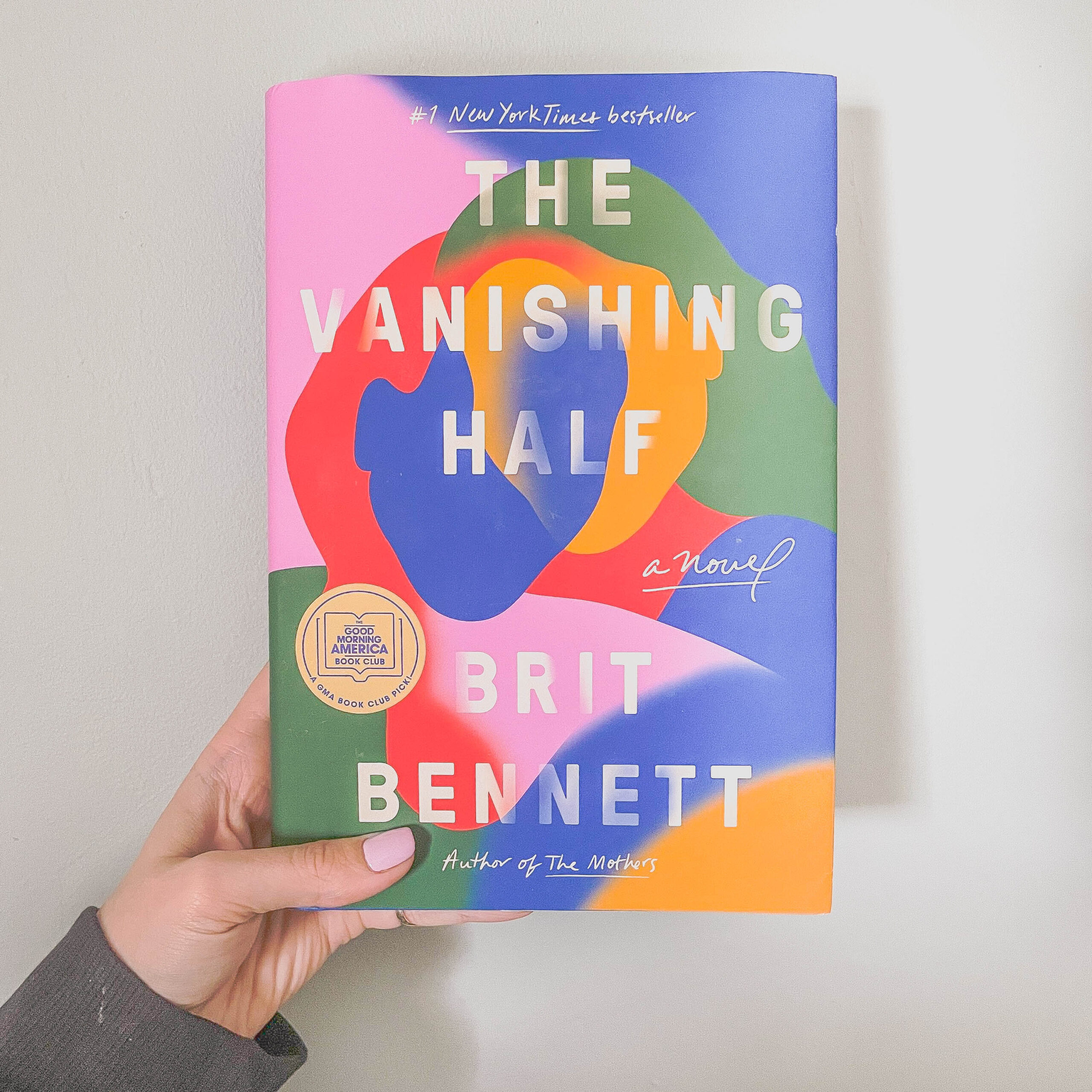 Book Review: The Vanishing Half by Brit Bennett